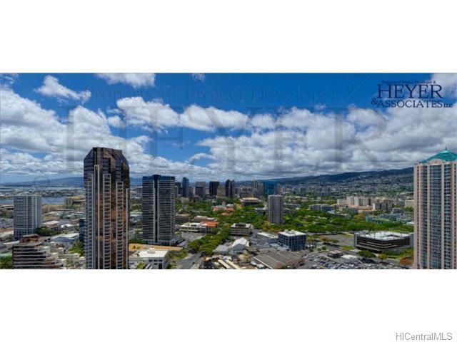 Symphony Honolulu condo #3909, Honolulu, Hawaii - photo 1 of 7
