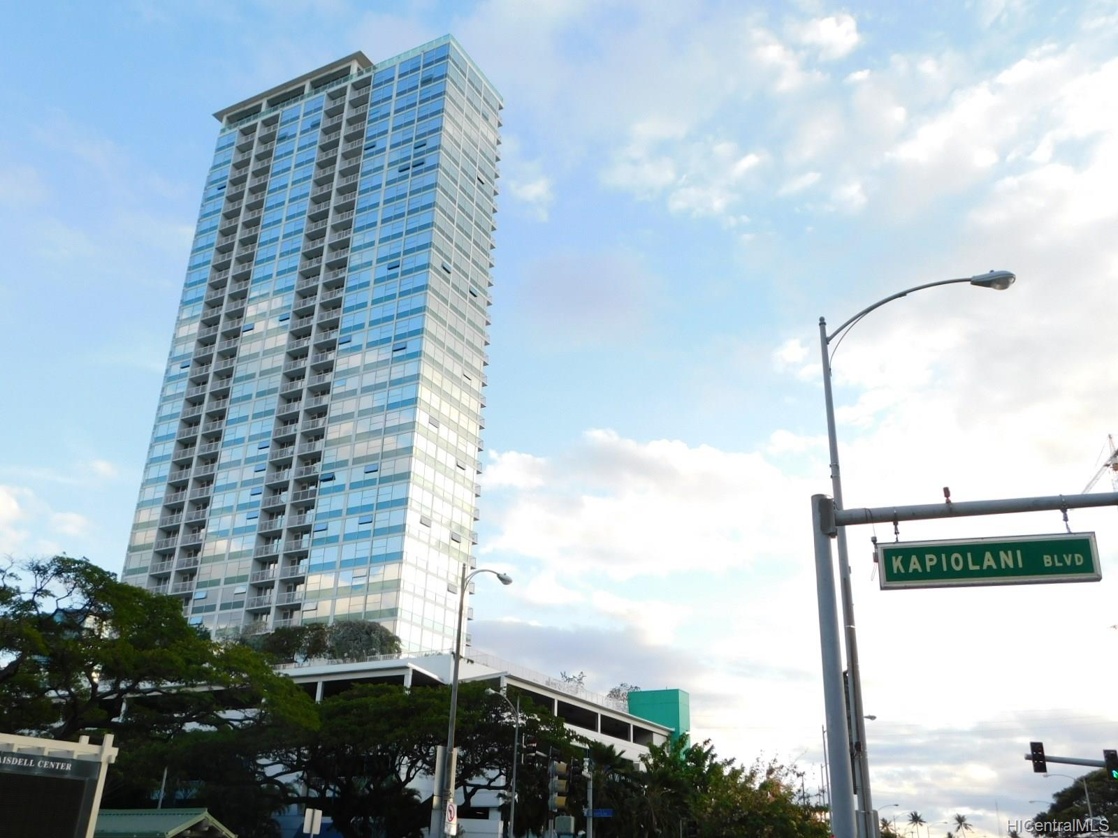 909 Kapiolani condo #3202, Honolulu, Hawaii - photo 1 of 20