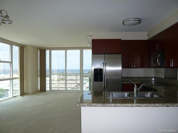 909 Kapiolani condo #1501, Honolulu, Hawaii - photo 1 of 4