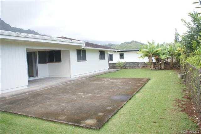 909  Lunahelu St Maunawili, Kailua home - photo 2 of 8