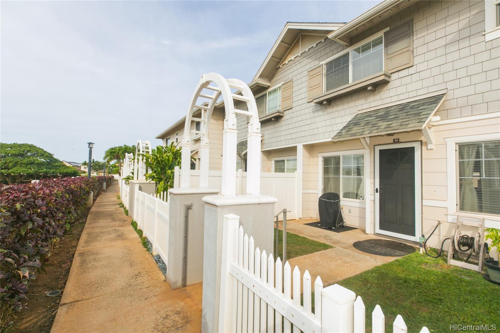Mariners Place townhouse # 4T4, Ewa Beach, Hawaii - photo 1 of 24