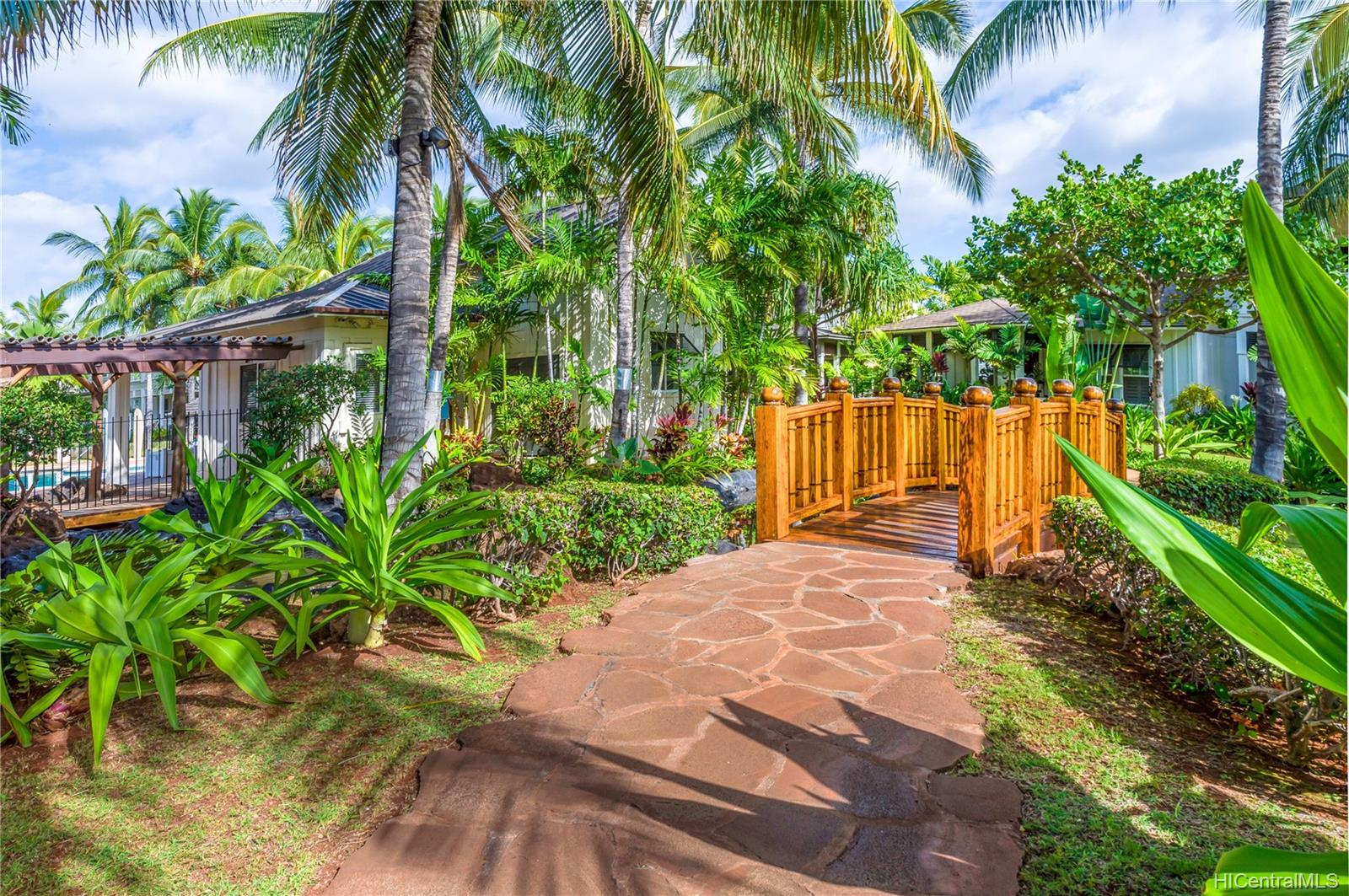 Coconut Plantation condo # 66-5, Kapolei, Hawaii - photo 18 of 20