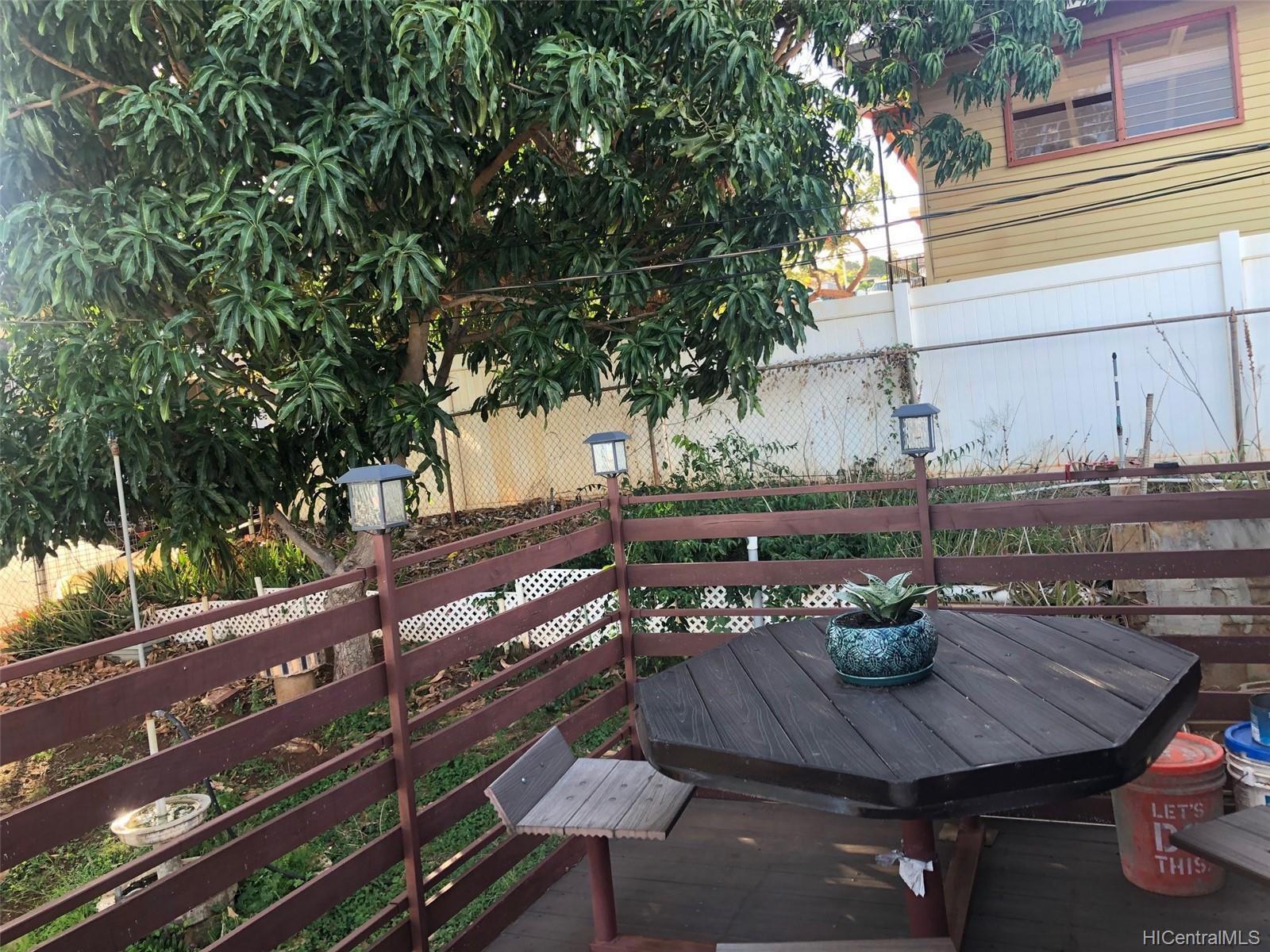 92-511  Ualehei Street Makakilo-lower, Makakilo home - photo 2 of 11