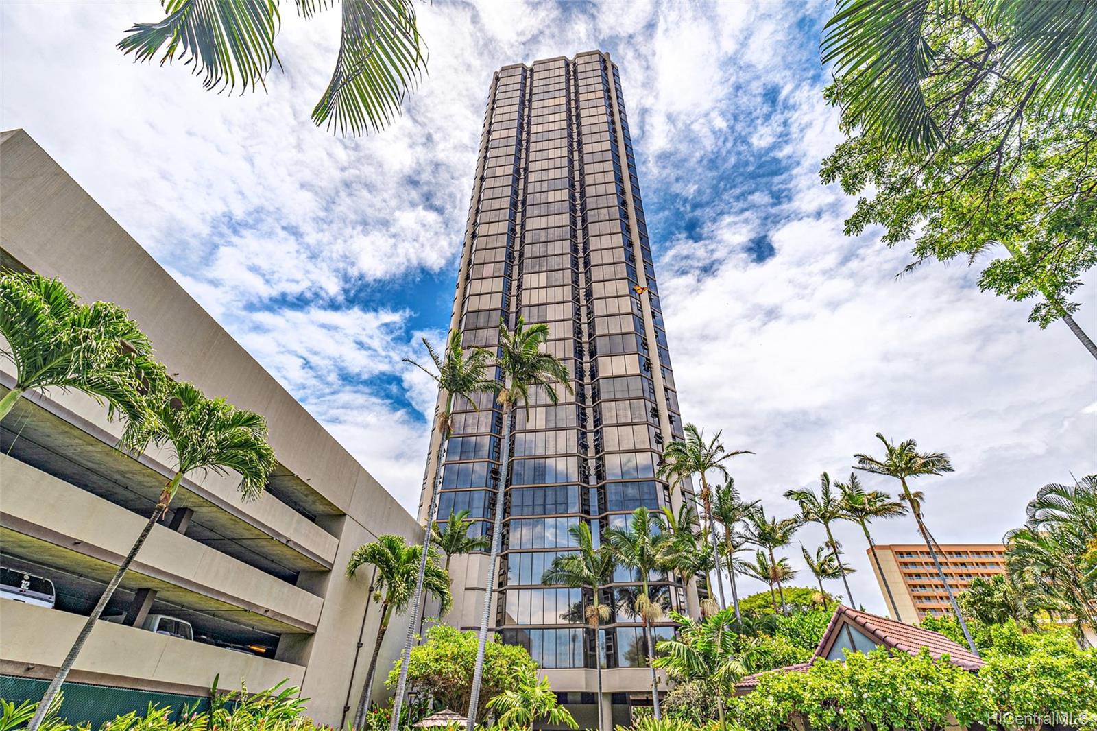 Hale Kaheka condo # 3101, Honolulu, Hawaii - photo 17 of 18