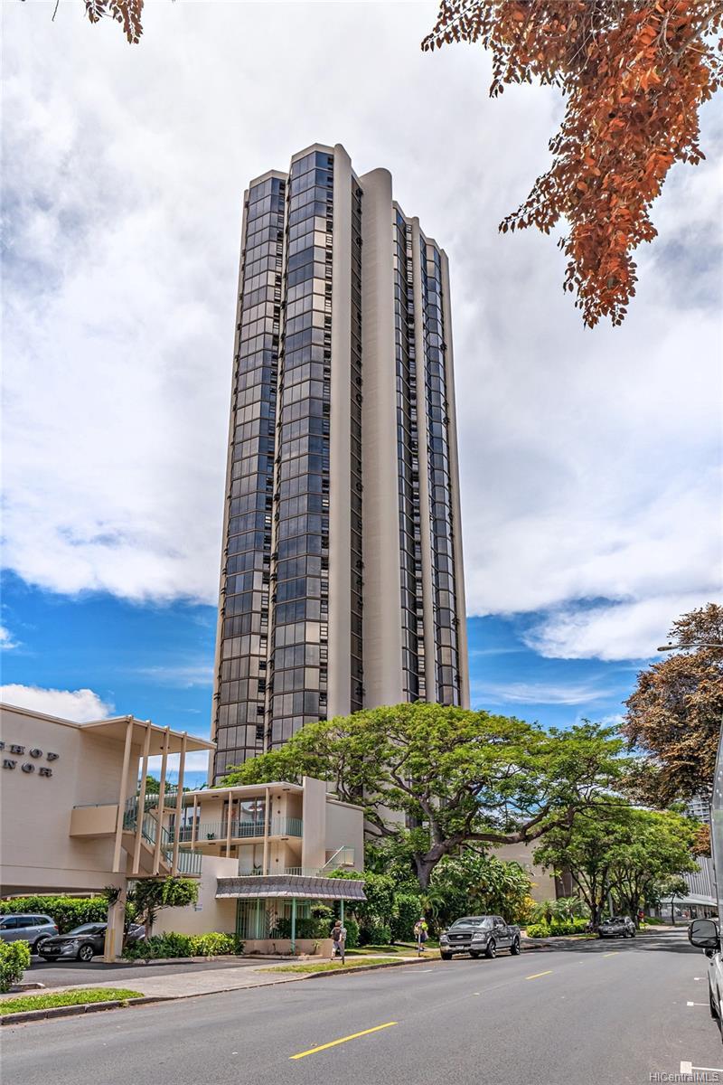 Hale Kaheka condo # 3101, Honolulu, Hawaii - photo 18 of 18