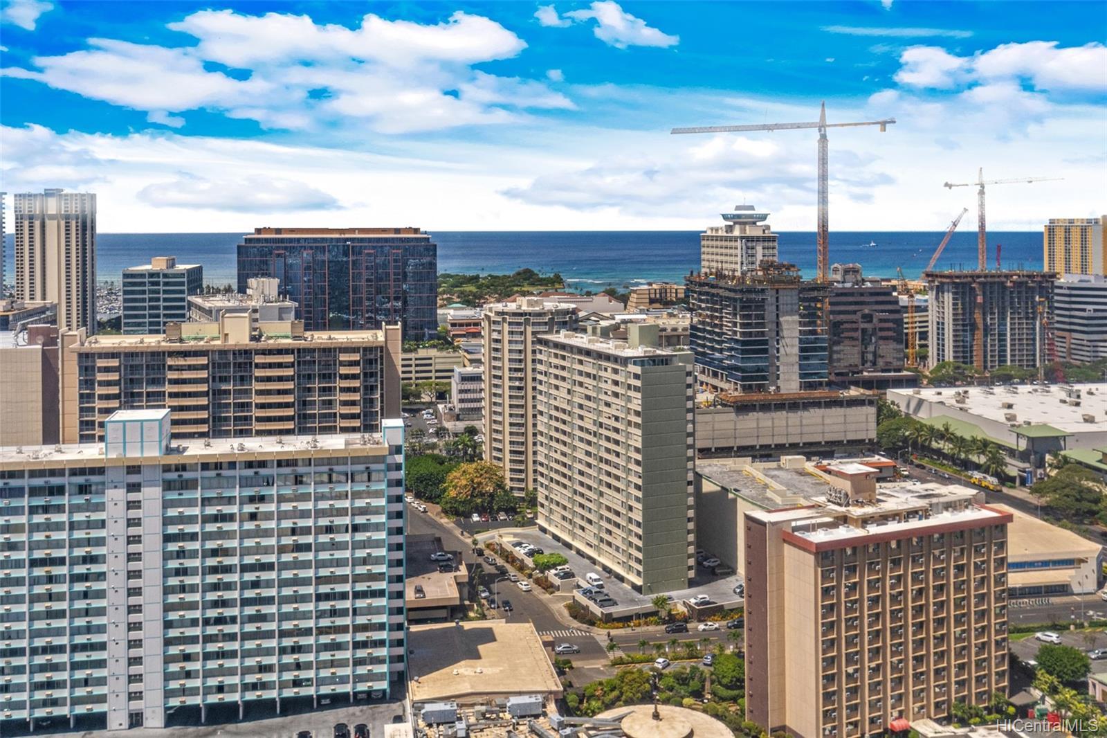 Hale Kaheka condo # 3101, Honolulu, Hawaii - photo 5 of 18
