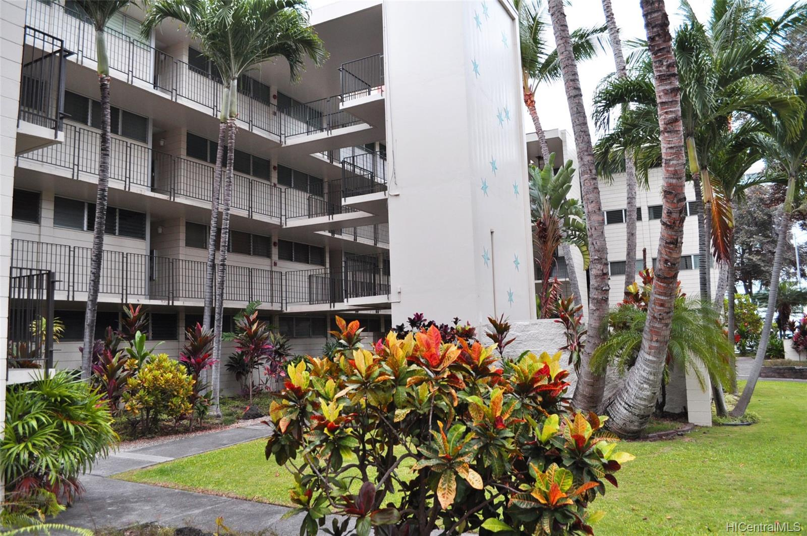 Continental Apts condo # A203, Honolulu, Hawaii - photo 13 of 18