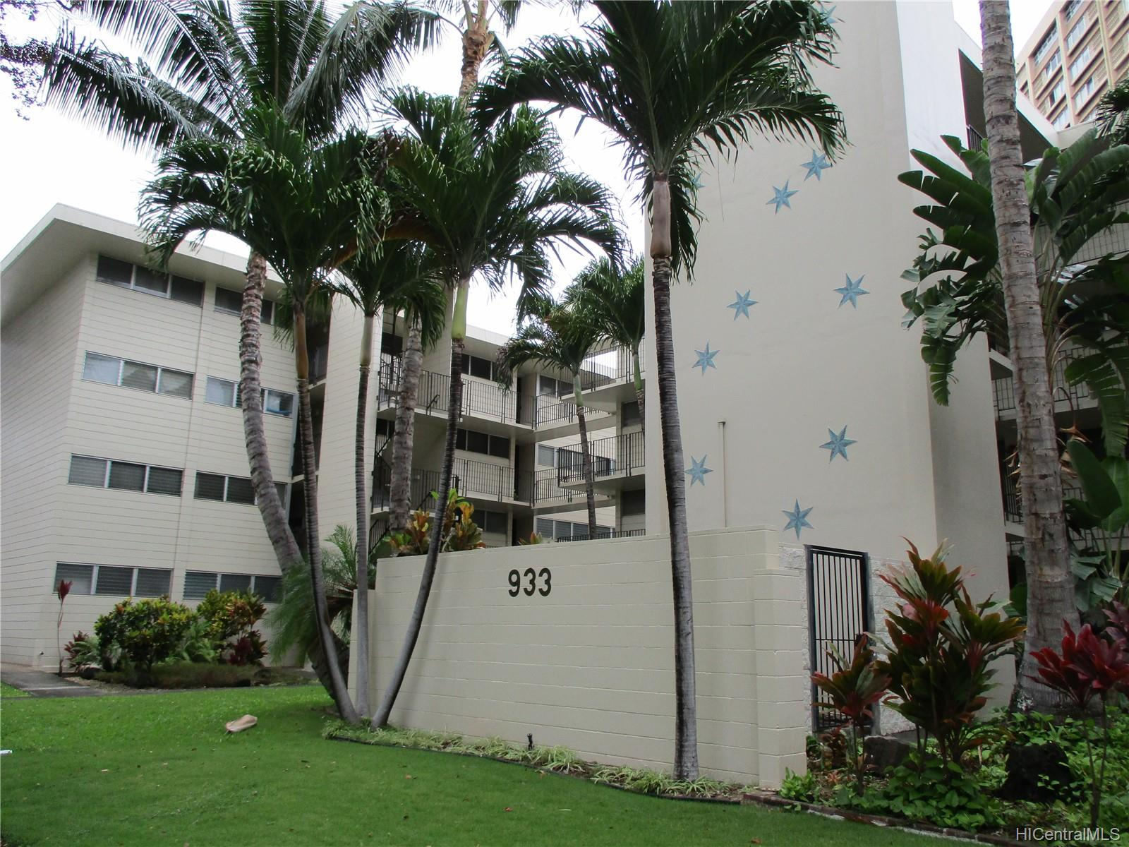 Continental Apts condo # A208, Honolulu, Hawaii - photo 2 of 15