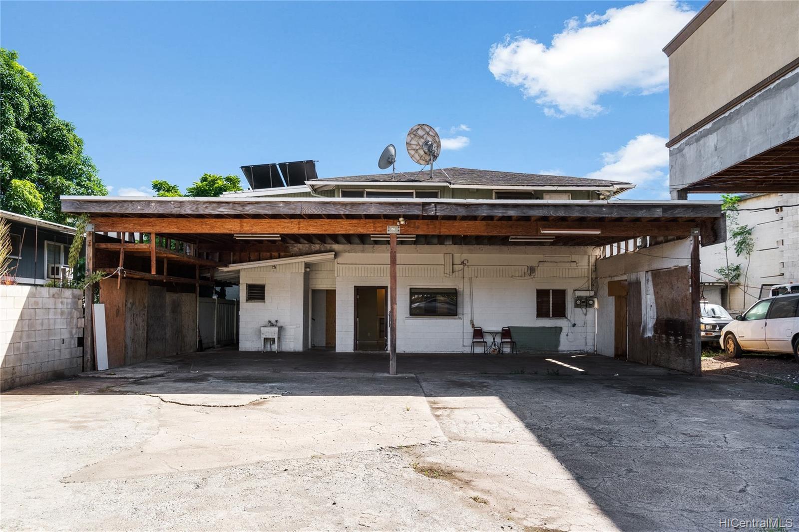 94-065  Waipahu Depot Street Waipahu-lower, Waipahu home - photo 2 of 25