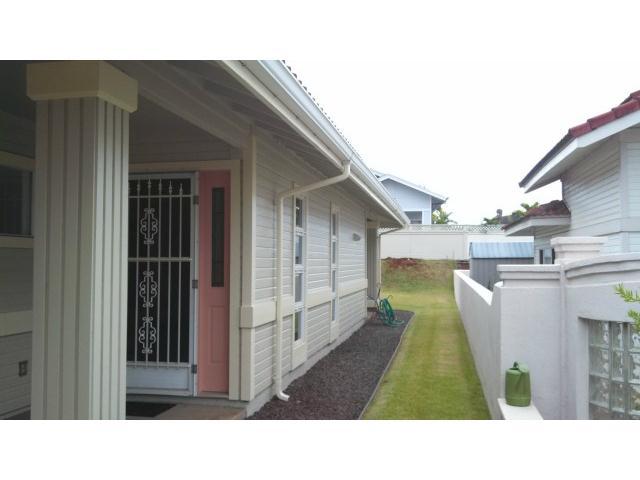 94-1010  Nawele St Waikele, Waipahu home - photo 15 of 17
