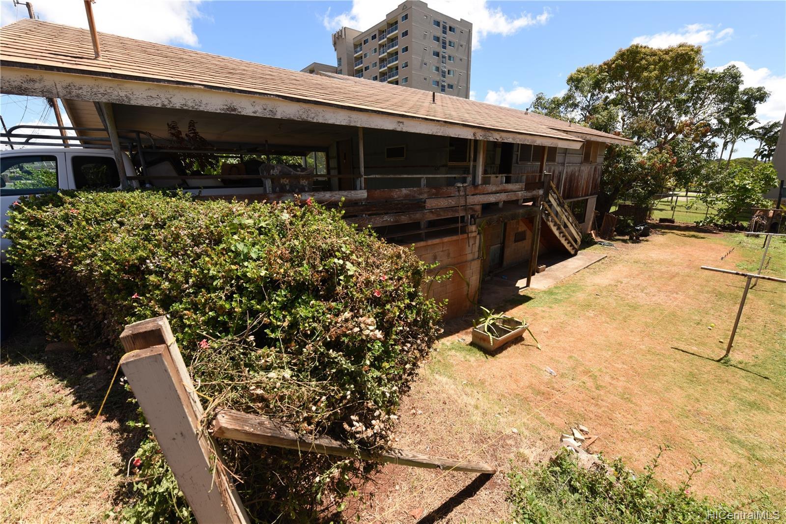 94-1063  Nalii Street Waipahu-lower, Waipahu home - photo 22 of 23