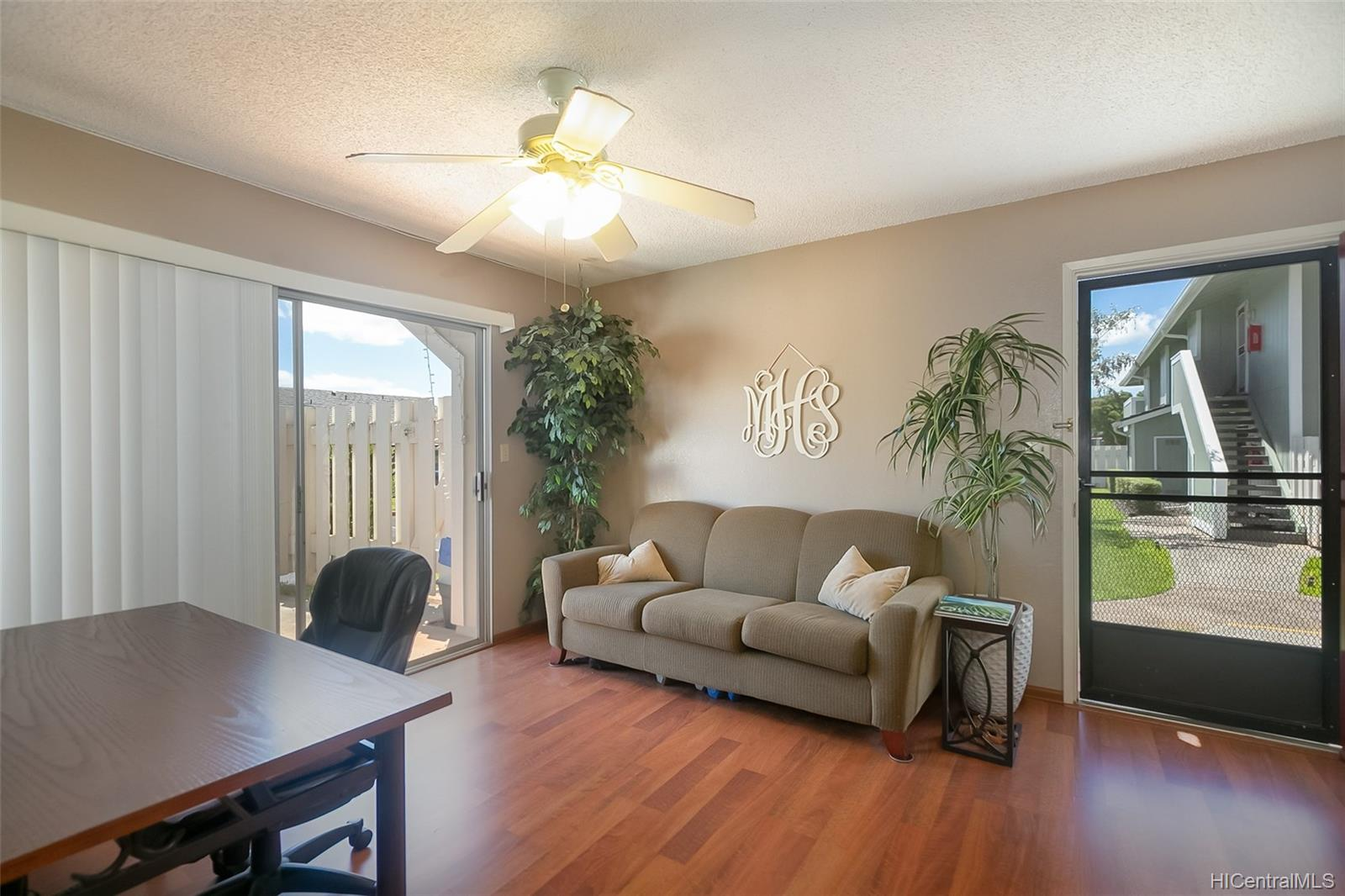 Hikino 2 condo # P3, Waipahu, Hawaii - photo 1 of 11