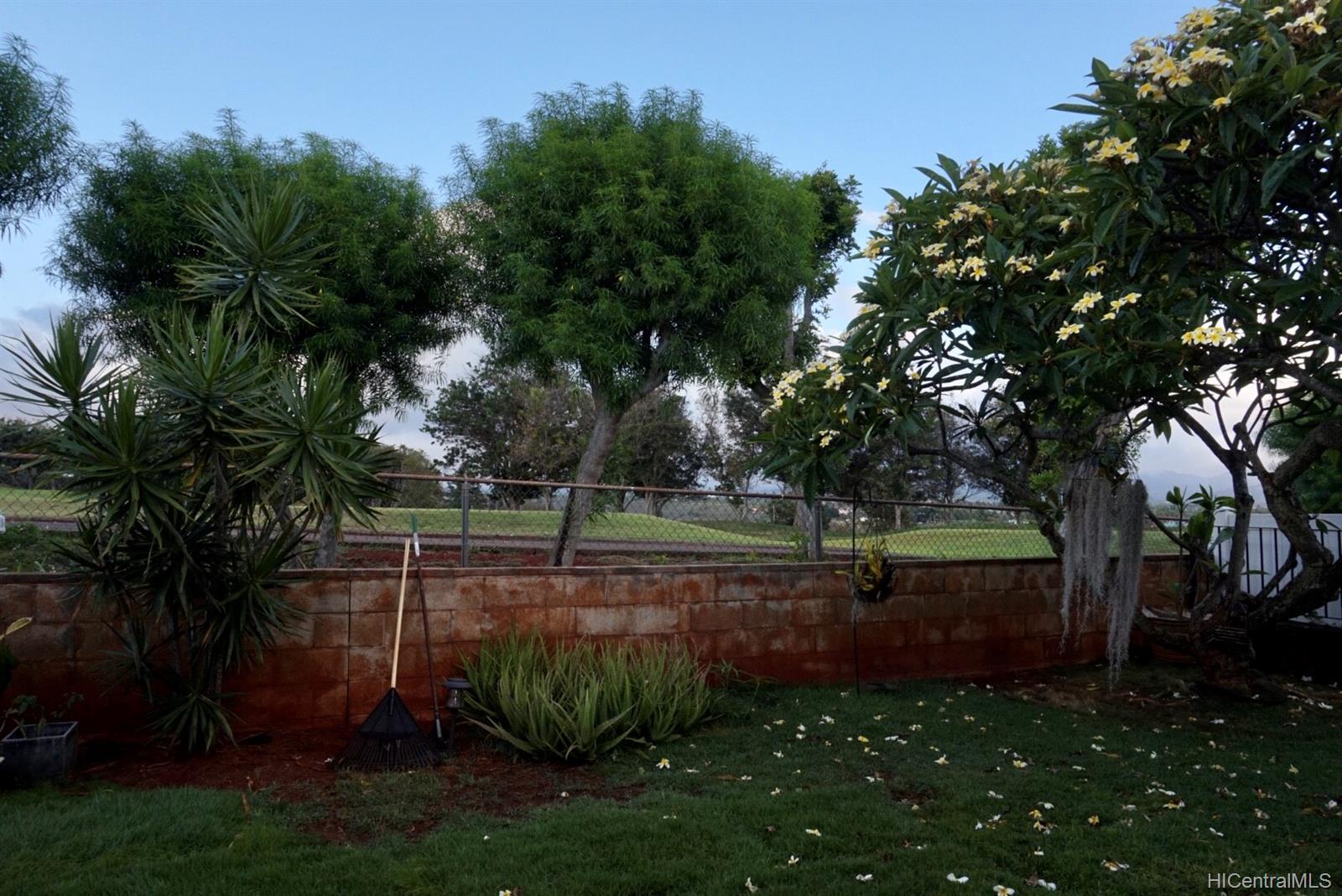 94-1080  Haalau Street Village Park, Waipahu home - photo 4 of 18