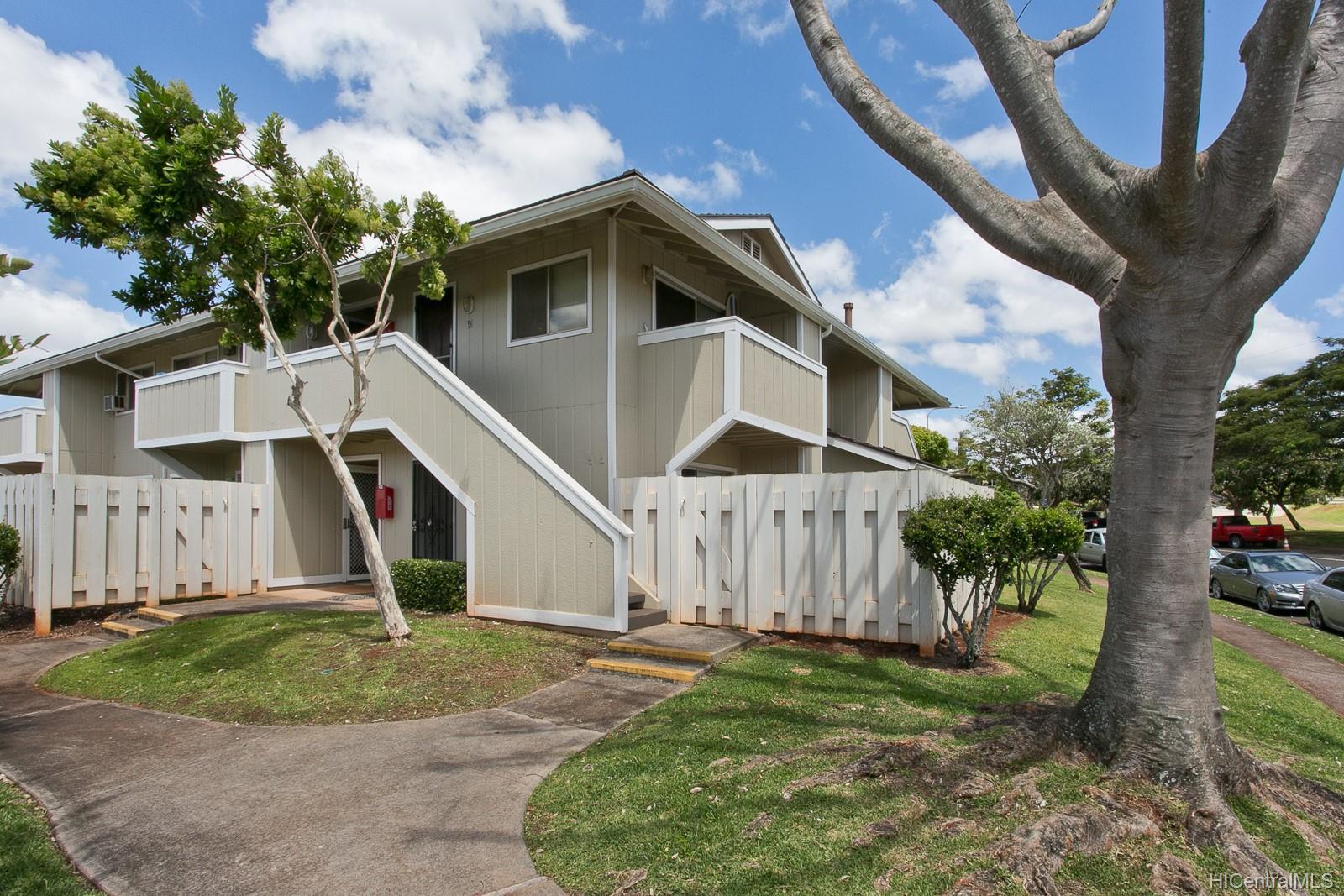Gentry Waipio townhouse # S3, Waipahu, Hawaii - photo 1 of 10