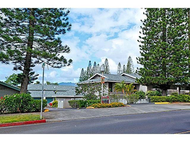 Mililani Town Assoc townhouse # 3, Mililani, Hawaii - photo 14 of 16