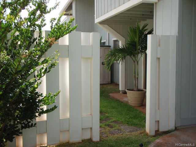 Hikino 1 condo # U/5, Waipahu, Hawaii - photo 6 of 10