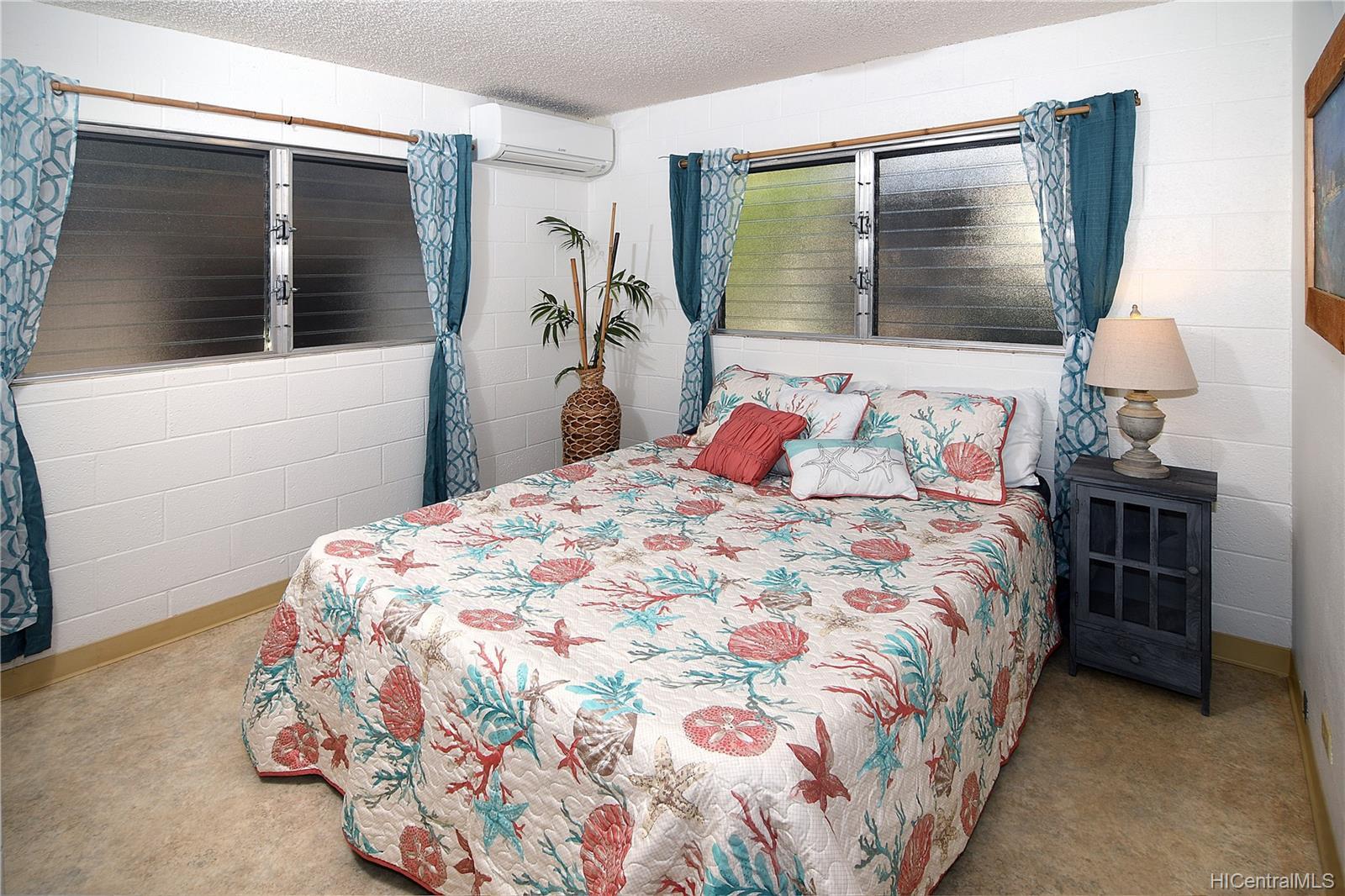 94-1098  Hoomakoa Street Waipahu Estates, Waipahu home - photo 9 of 20