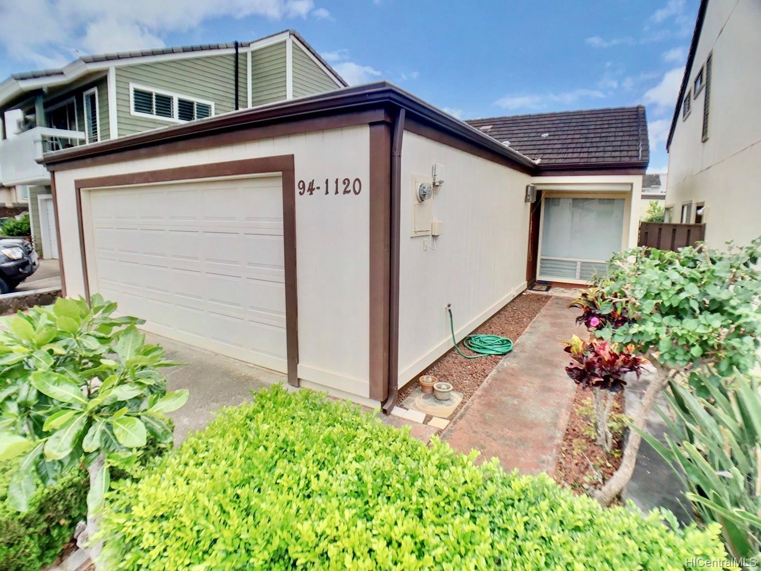 94-1120  Akeu Place Waipio Gentry, Waipahu home - photo 21 of 24
