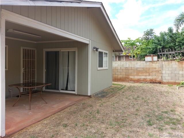 94-116  Kaaholo Pl Village Park, Waipahu home - photo 4 of 12