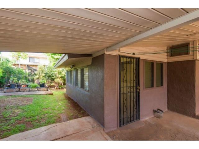 94-1293A  Henokea St Waipahu-lower, Waipahu home - photo 14 of 16