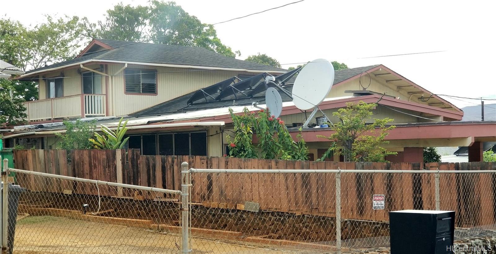 94-144  Awanui Street Waipahu-lower, Waipahu home - photo 1 of 21