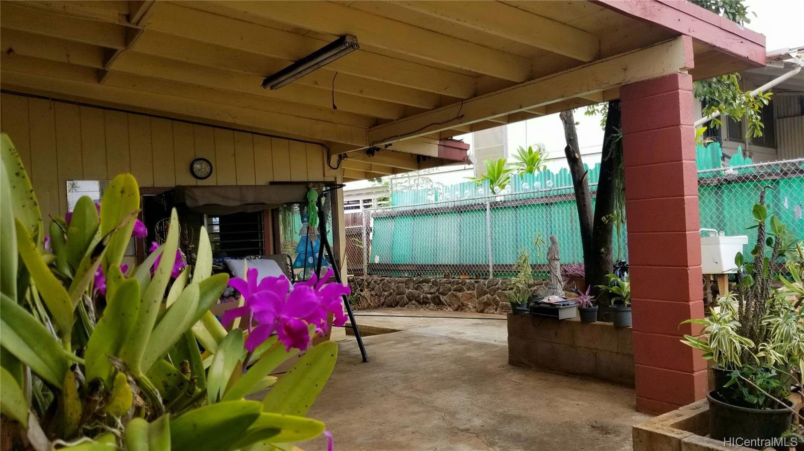 94-144  Awanui Street Waipahu-lower, Waipahu home - photo 15 of 21