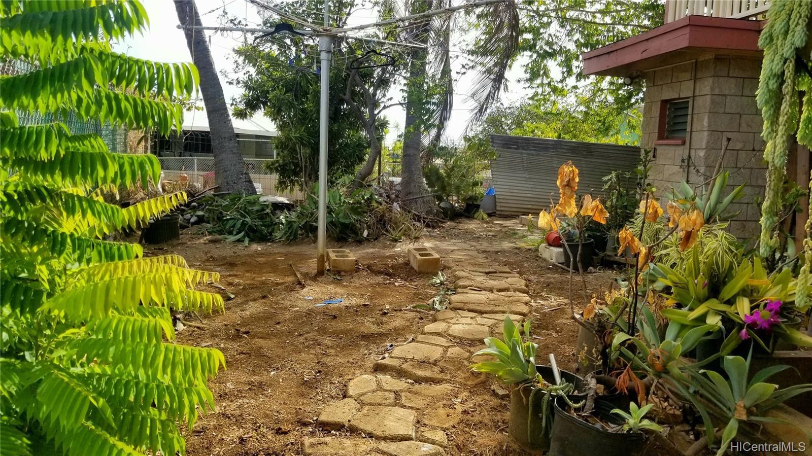 94-144  Awanui Street Waipahu-lower, Waipahu home - photo 8 of 21