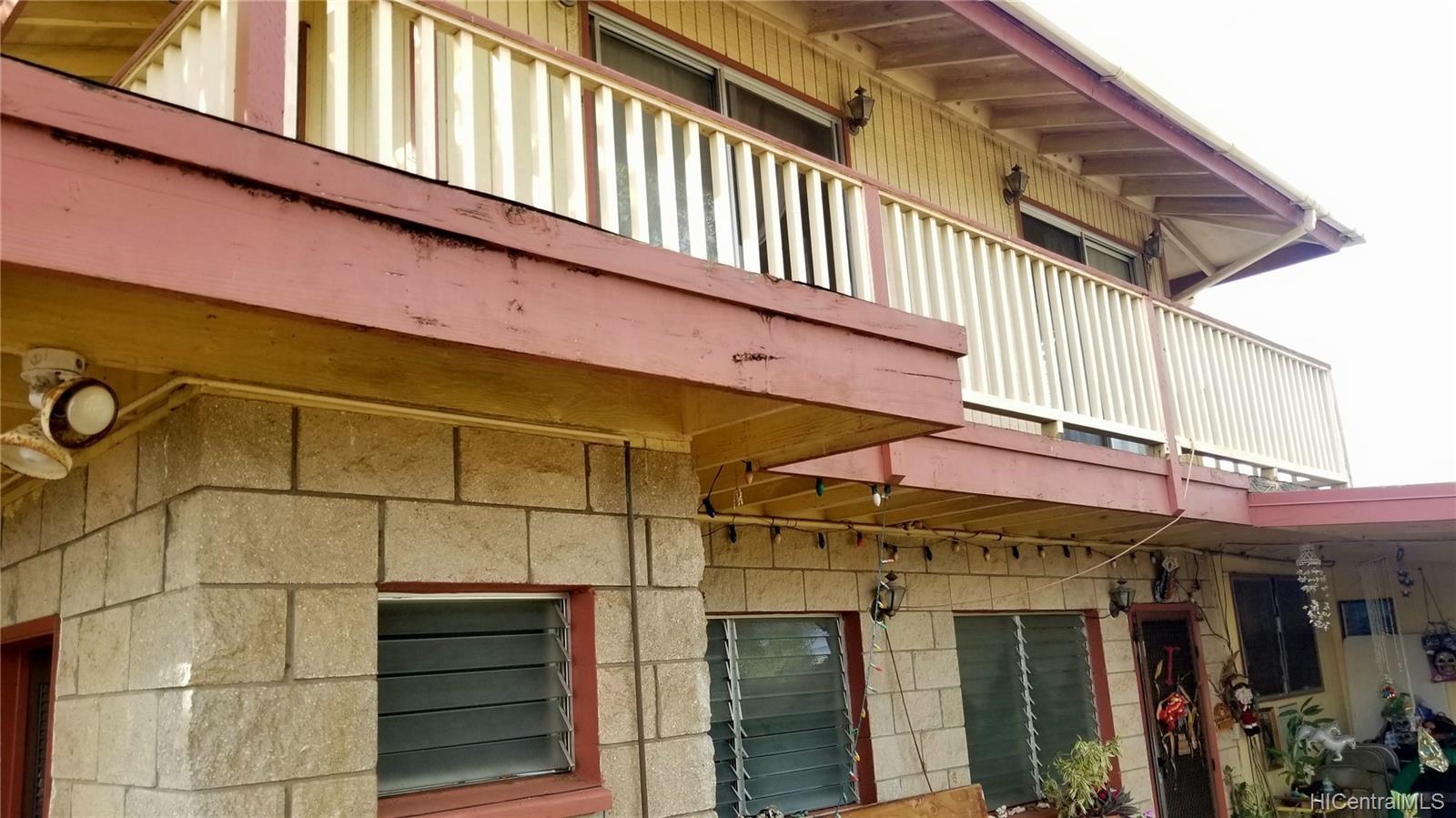 94-144  Awanui Street Waipahu-lower, Waipahu home - photo 9 of 21