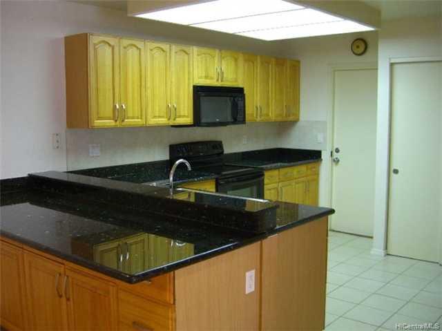 941452  Kahuli St Waipio Gentry, Waipahu home - photo 4 of 8