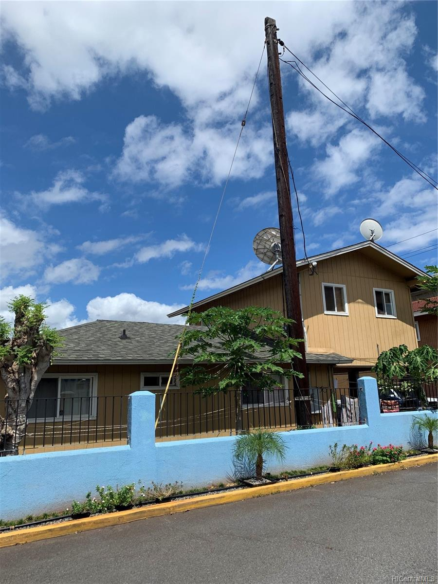 94-216 Makamaka Place Honolulu - Multi-family - photo 4 of 4