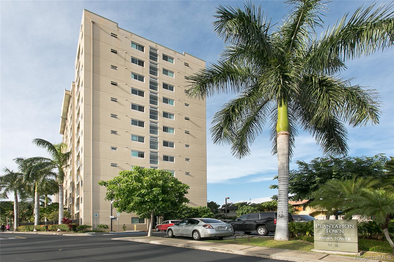 Plantation Town Apartments condo # 704, Waipahu, Hawaii - photo 1 of 11