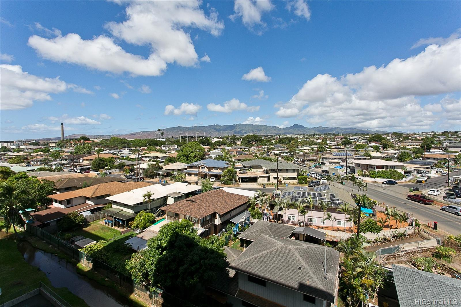 Plantation Town Apartments condo # 704, Waipahu, Hawaii - photo 9 of 11