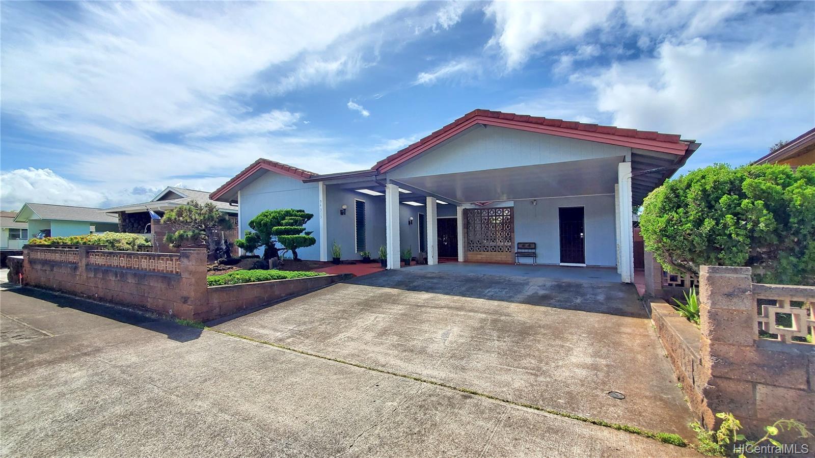 94-313  Ulukoa Street Mililani Area, Central home - photo 1 of 25
