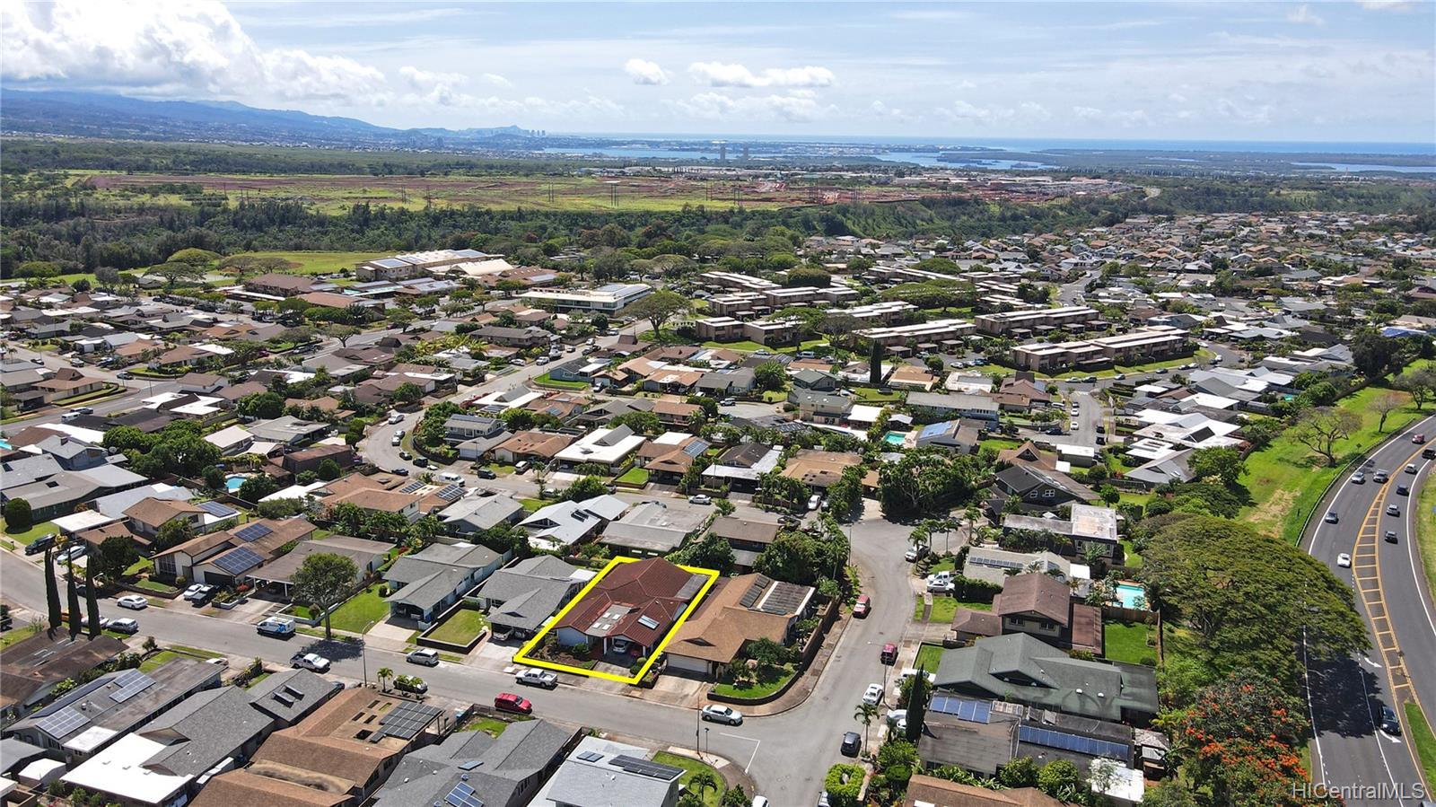 94-313  Ulukoa Street Mililani Area, Central home - photo 24 of 25