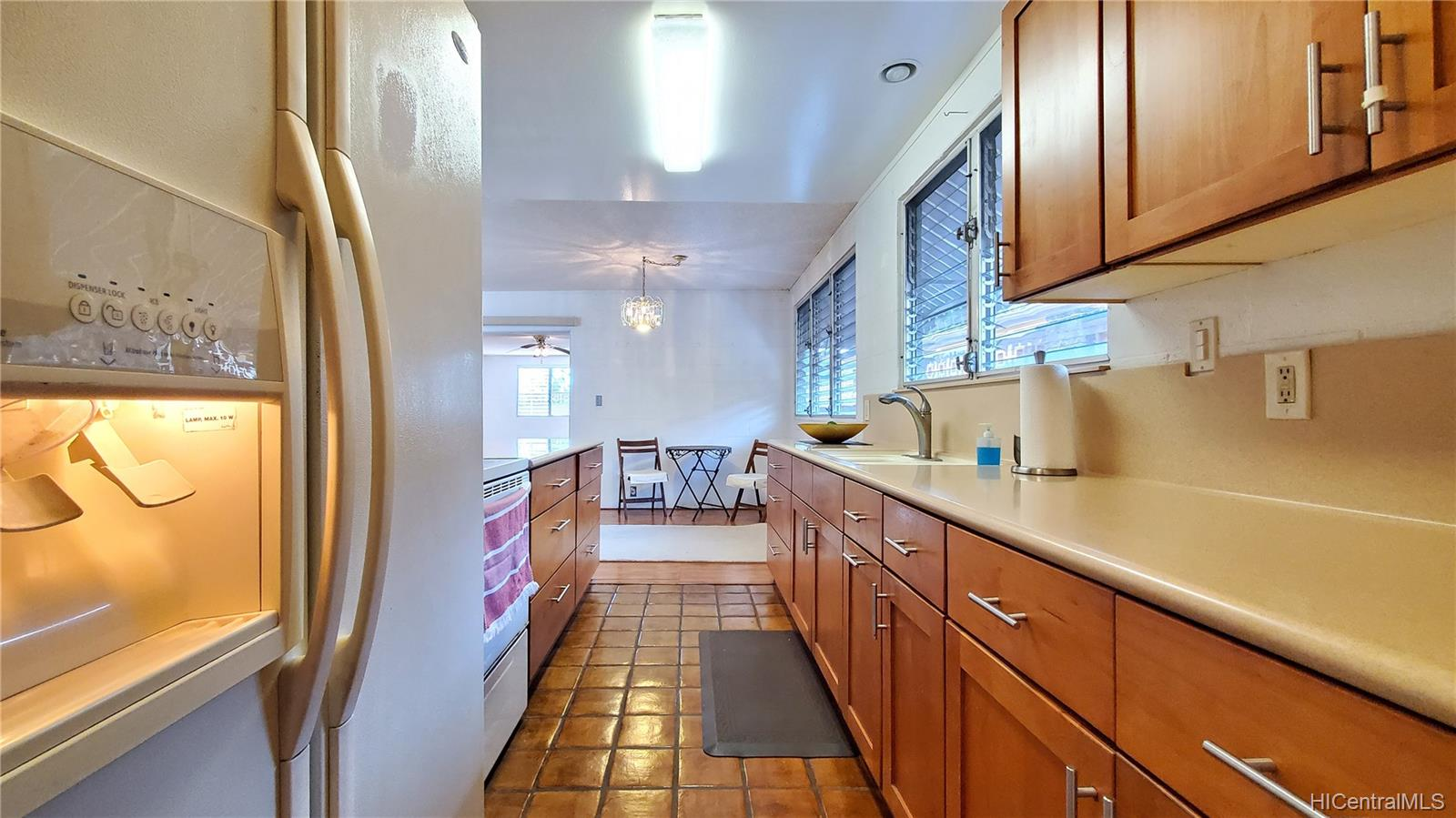 94-313  Ulukoa Street Mililani Area, Central home - photo 8 of 25