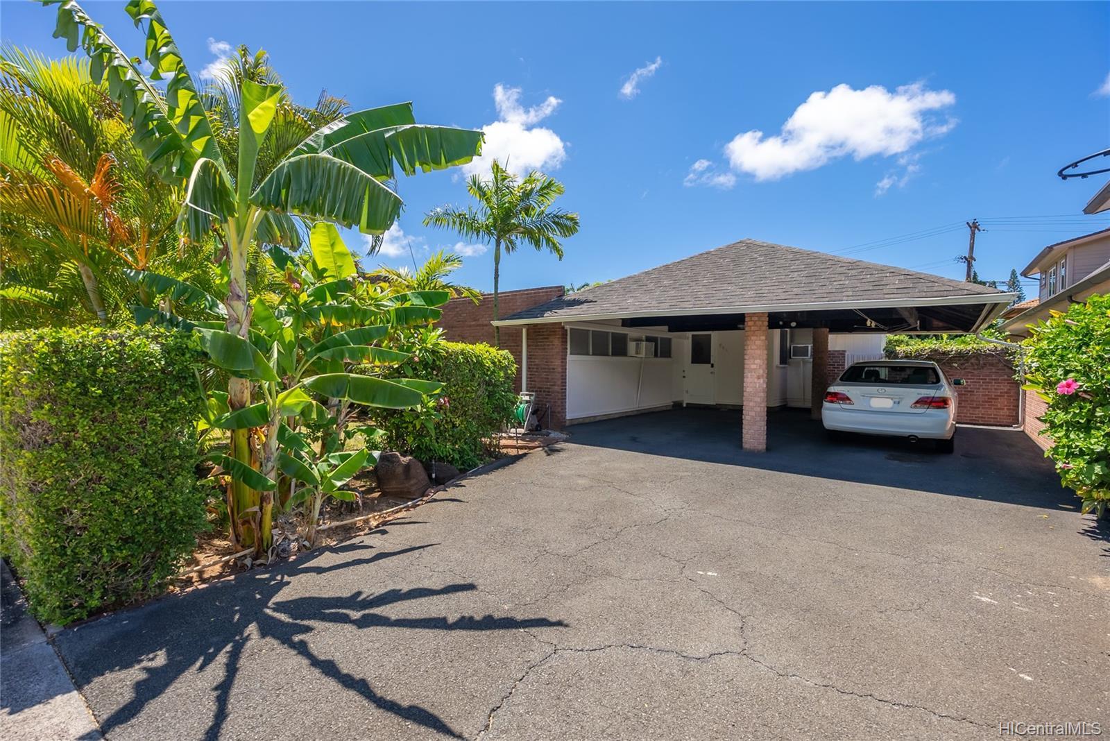 944  Koloa Street Kahala Area, Diamond Head home - photo 18 of 25