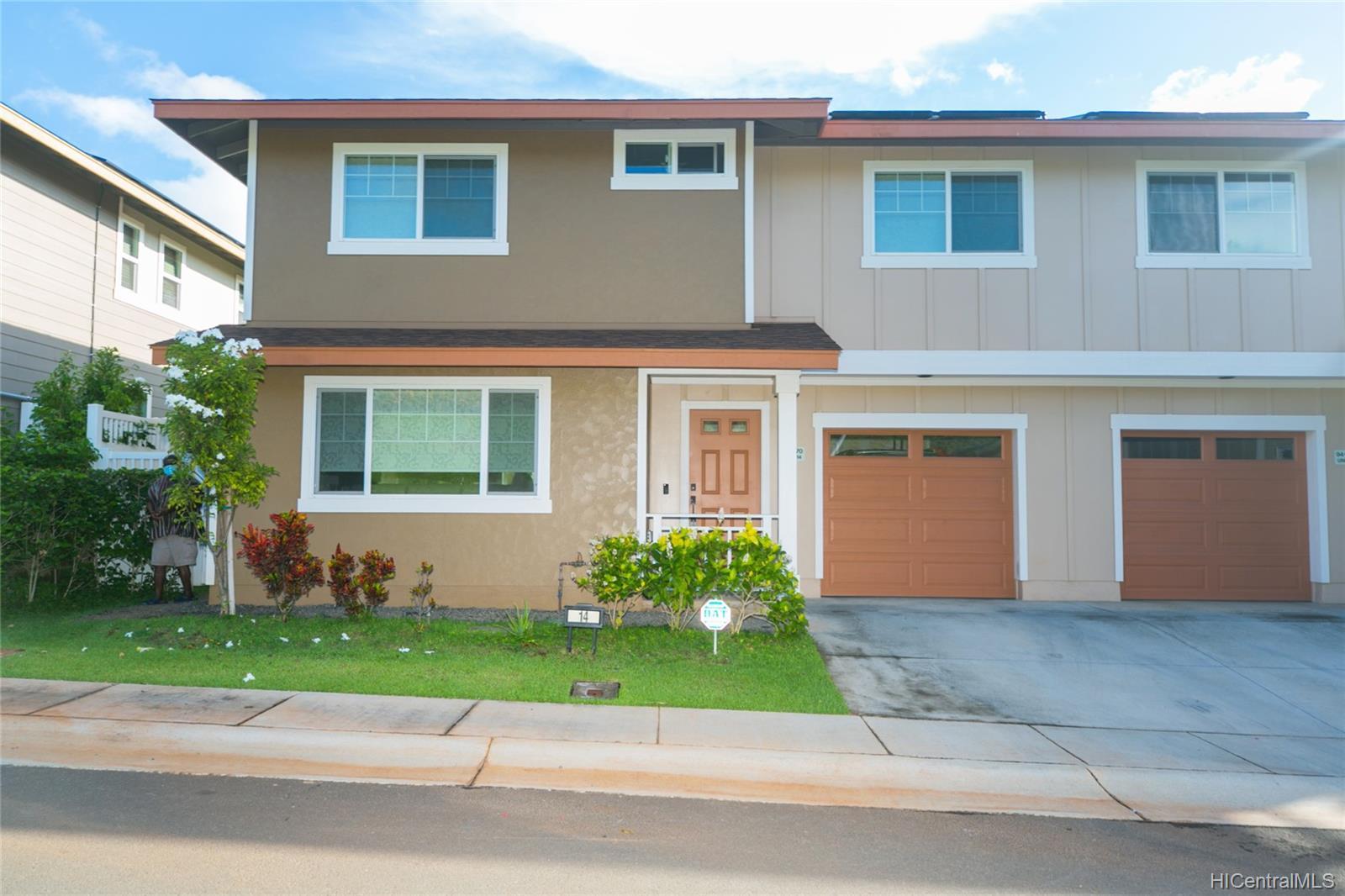 94-470  Paiwa Street Waipahu Estates, Waipahu home - photo 1 of 21