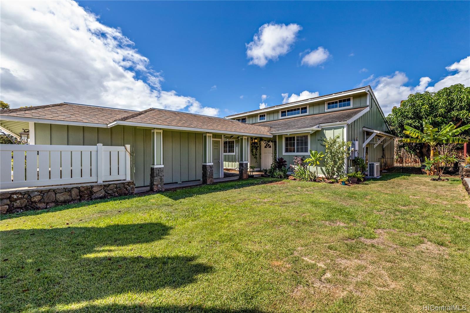 94-484  Alapoai Street Mililani Area, Central home - photo 1 of 24