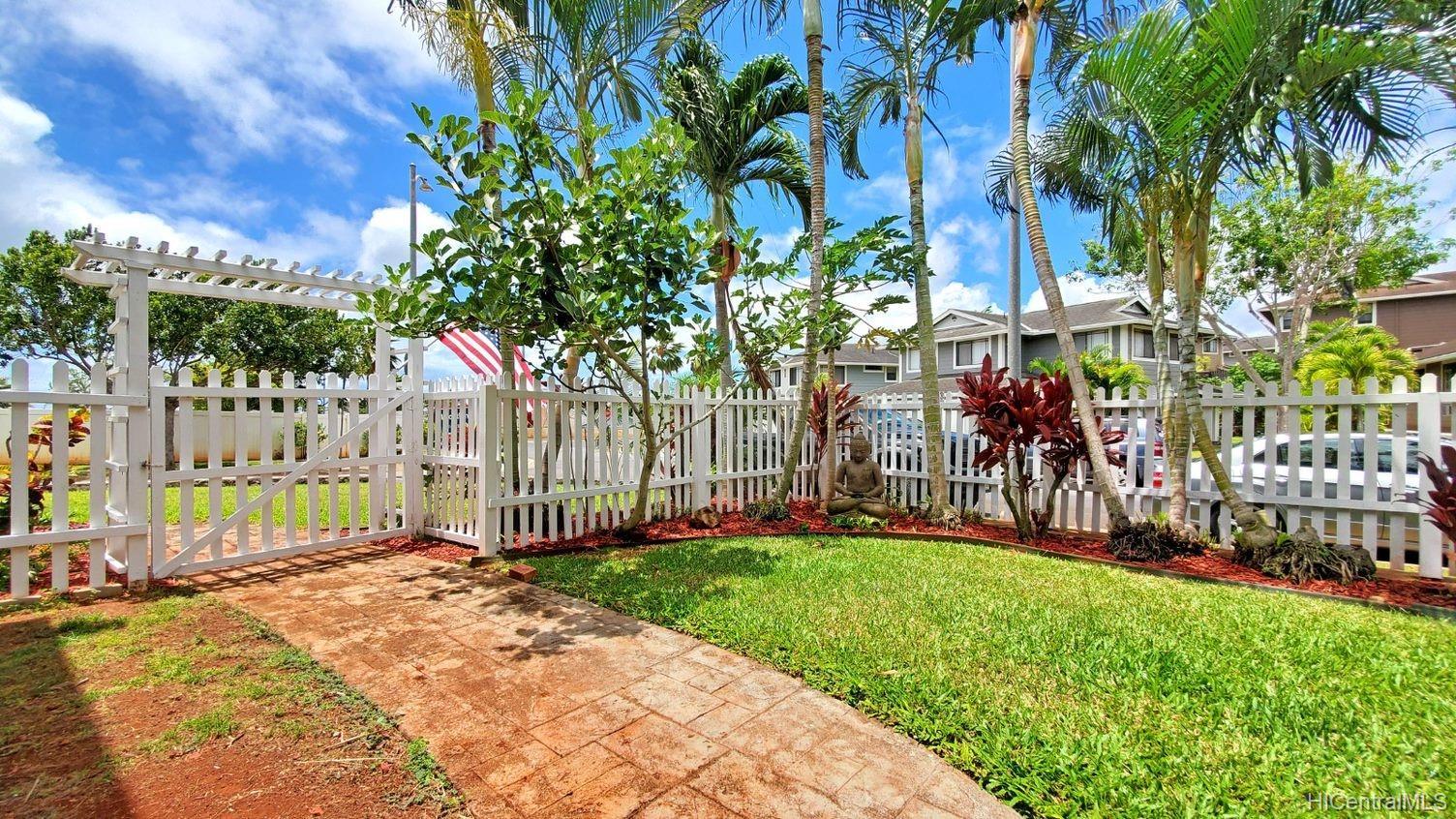 94-502  Hoohele Place Royal Kunia, Waipahu home - photo 19 of 25