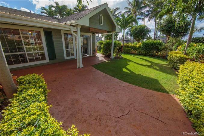 Waikele townhouse # C101, Waipahu, Hawaii - photo 23 of 25