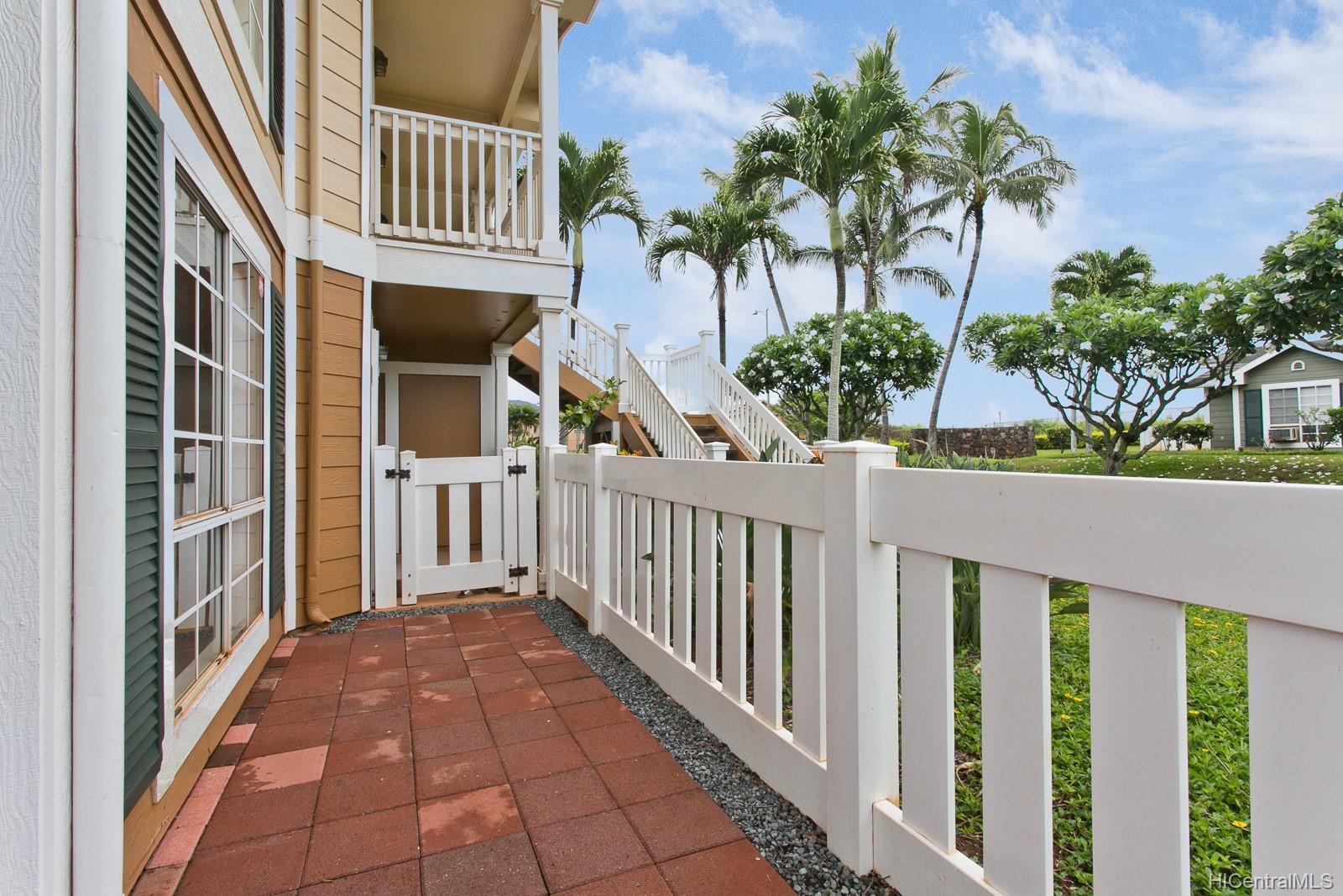 94-532 Lumiauau Street townhouse # E103, Waipahu, Hawaii - photo 4 of 15