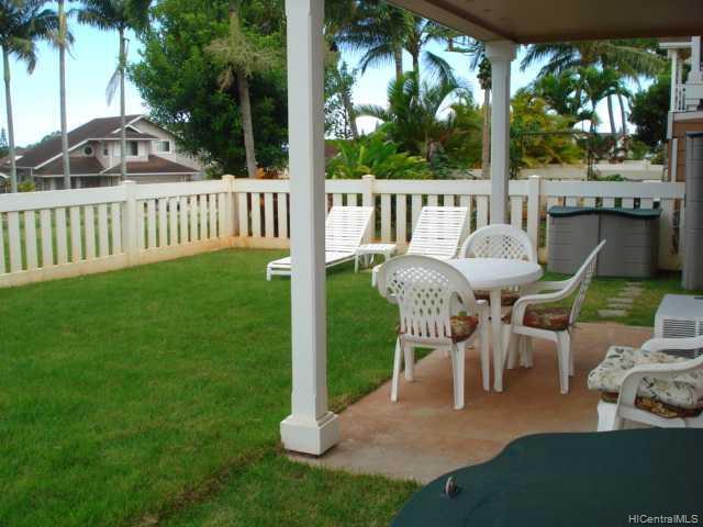 94-542 Lumiauau St townhouse # H/101, Waipahu, Hawaii - photo 1 of 10