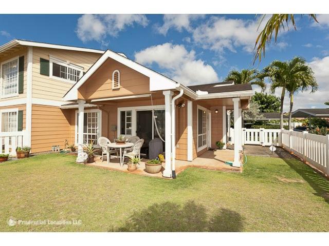 Waikele townhouse # M101, Waipahu, Hawaii - photo 3 of 10