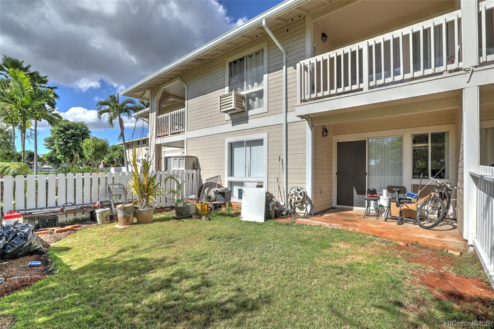 Waikele townhouse # BB102, Waipahu, Hawaii - photo 16 of 24