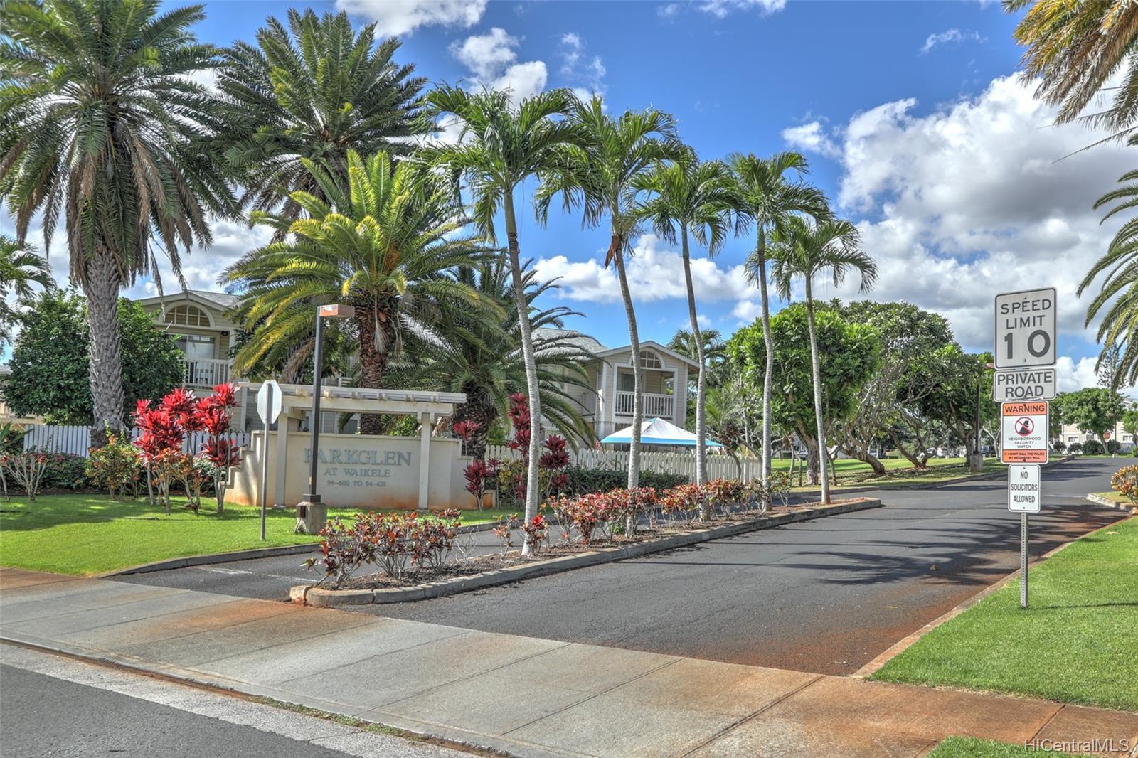 Waikele townhouse # BB102, Waipahu, Hawaii - photo 4 of 24
