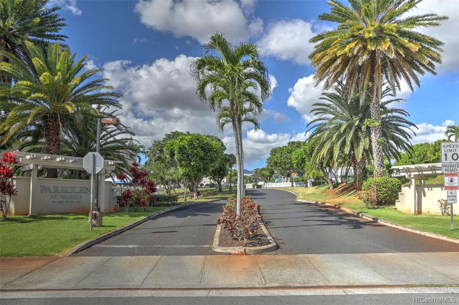 Waikele townhouse # BB102, Waipahu, Hawaii - photo 5 of 24