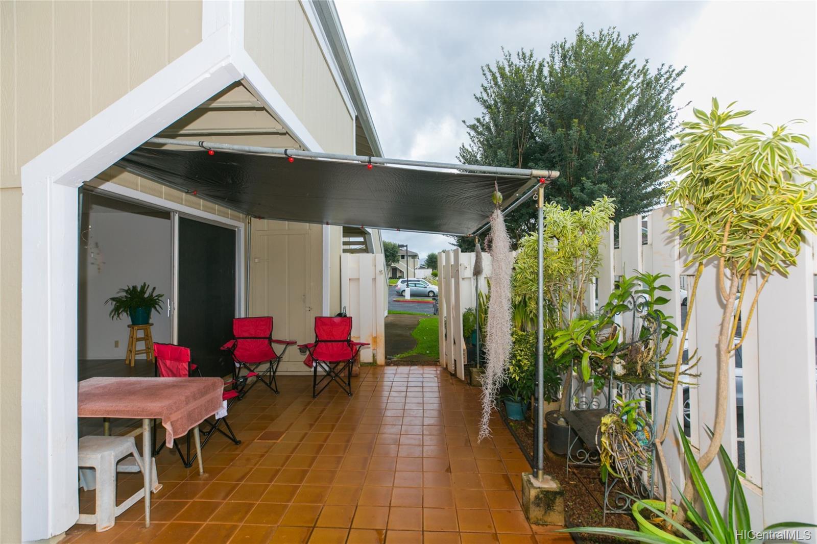 94-724 Paaono Street townhouse # Y2, Waipahu, Hawaii - photo 20 of 24
