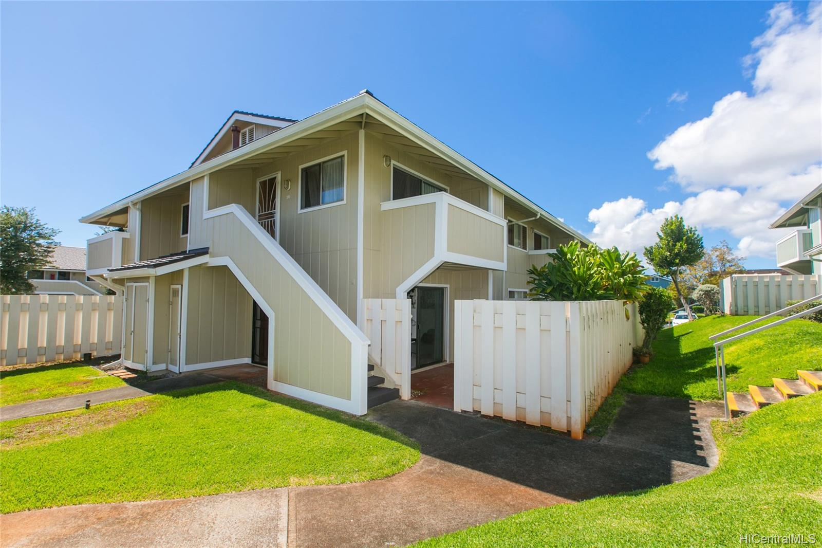 Waipio Gentry townhouse # Y4, Waipahu, Hawaii - photo 1 of 20