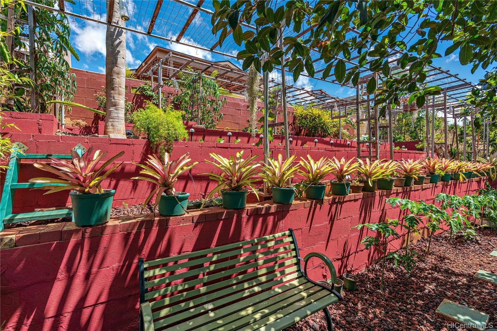 94-780  Kaaka Street Village Park, Waipahu home - photo 23 of 25