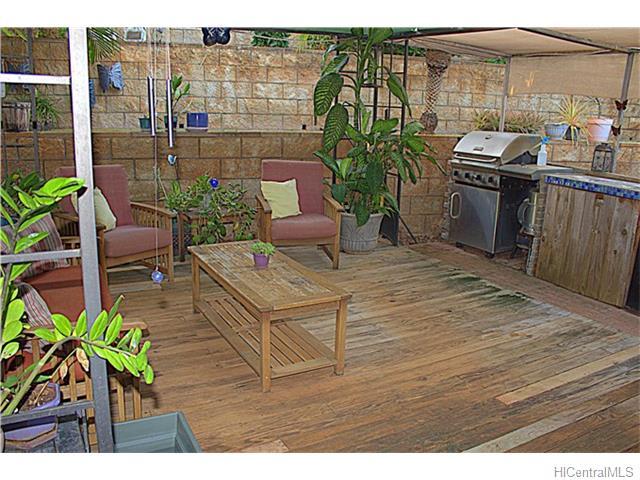 94-788  Nolupe St Village Park, Waipahu home - photo 15 of 16